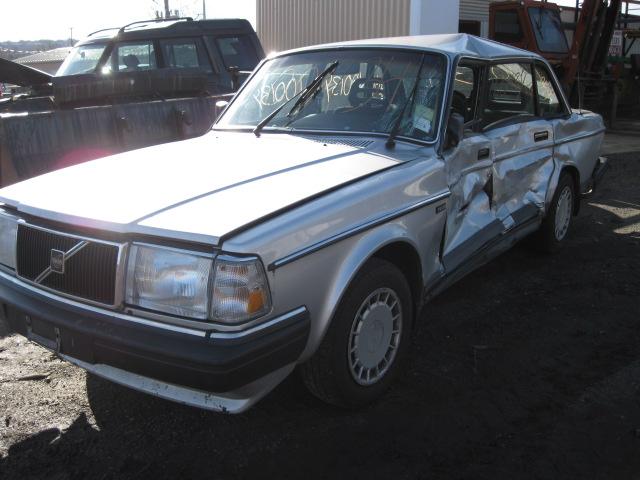 on 1991 Volvo 240 Distributor