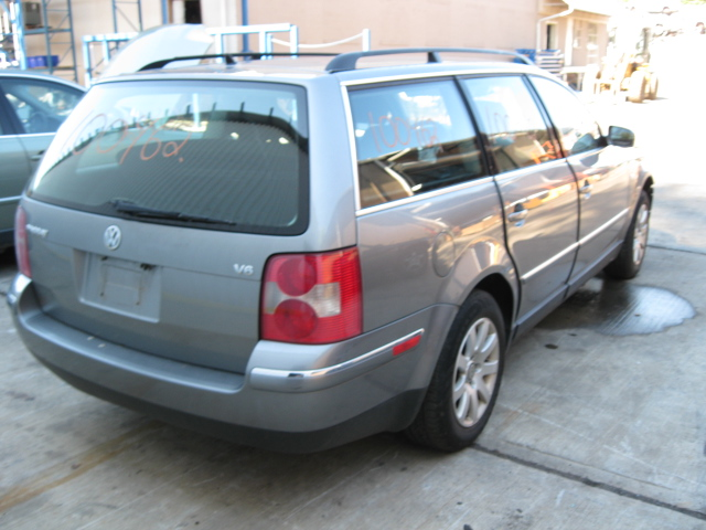 Parting out a 2003 VW Passat Wagon - 100462 . - Tom's ...
