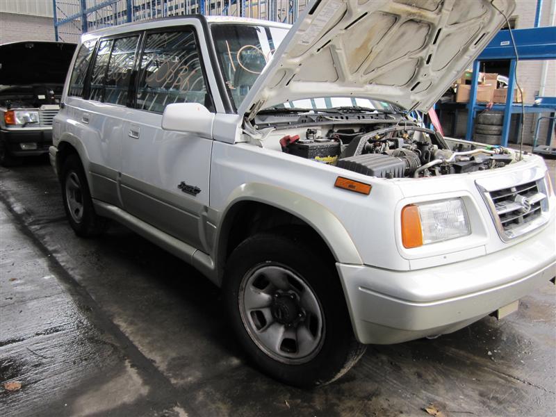 Parting out 1998 Suzuki Sidekick - Stock # 100636   - Tom's