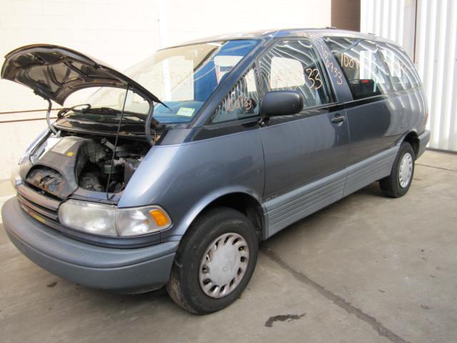 Parting Out 1992 Toyota Previa - Stock  100733