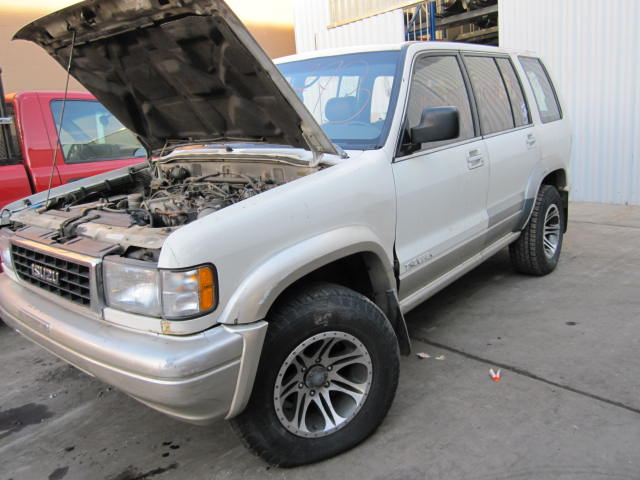 Parting out 1997 Isuzu Trooper - Stock #100773   - Tom's