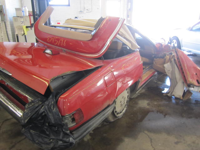 Parting out 1987 mercedes 560sl stock 110563 tom 39 s for Mercedes benz 560sl parts