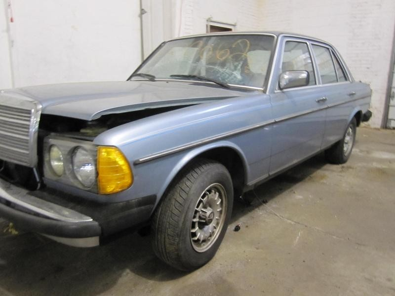 Parting out 1983 mercedes 300d stock 120062 tom 39 s for Mercedes benz 300d parts