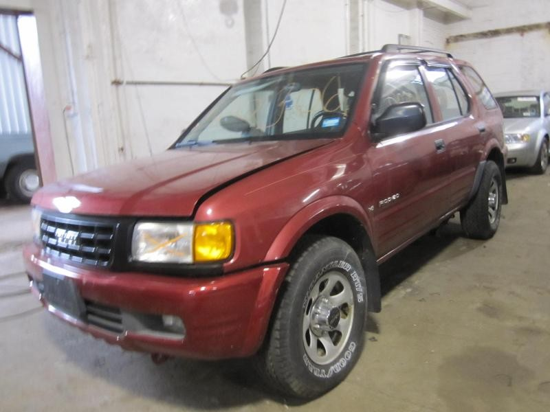 This Is A 1998 Isuzu Rodeo For Parts.
