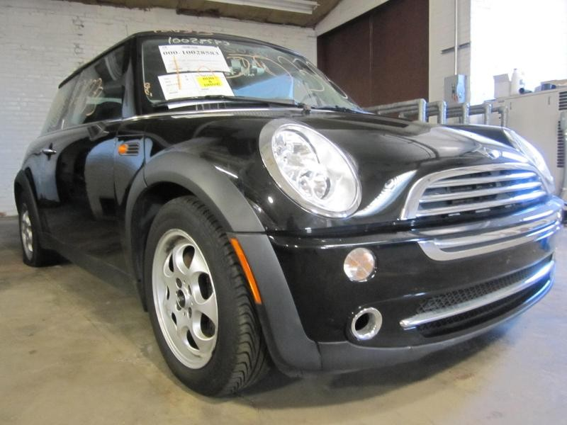 Parting Out 2005 Mini Cooper