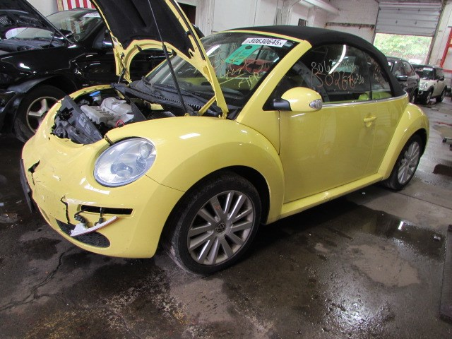 parting out 2008 volkswagen beetle stock 150266 tom 39 s foreign auto parts quality used. Black Bedroom Furniture Sets. Home Design Ideas