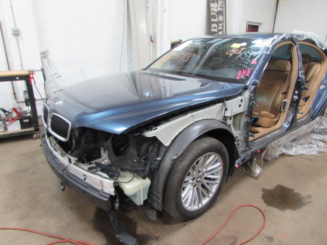 Parting Out 2004 Bmw 745i - Stock   160173