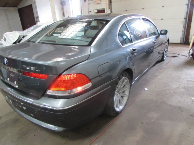 Parting Out 2002 Bmw 745i - Stock   160208