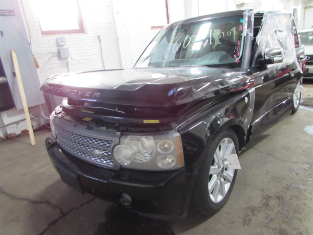 Parting out 2006 Land Rover Range Rover - Stock # 160361 - Tom's
