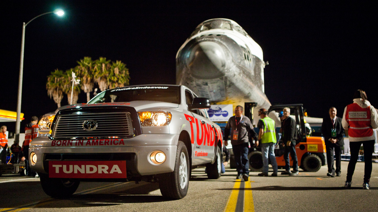 space shuttle toyota tundra - photo #10