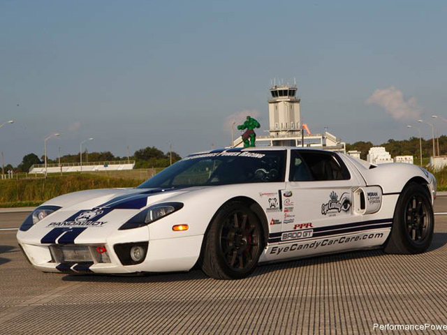 A Custom Ford Gt Has Managed To Hit A Speed Of    Km H In A Standing Mile At Floridas Kennedy Space Center On Nasas Shuttle Landing