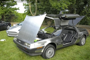 83-Delorean-DMC_12-DV-09-AP-01