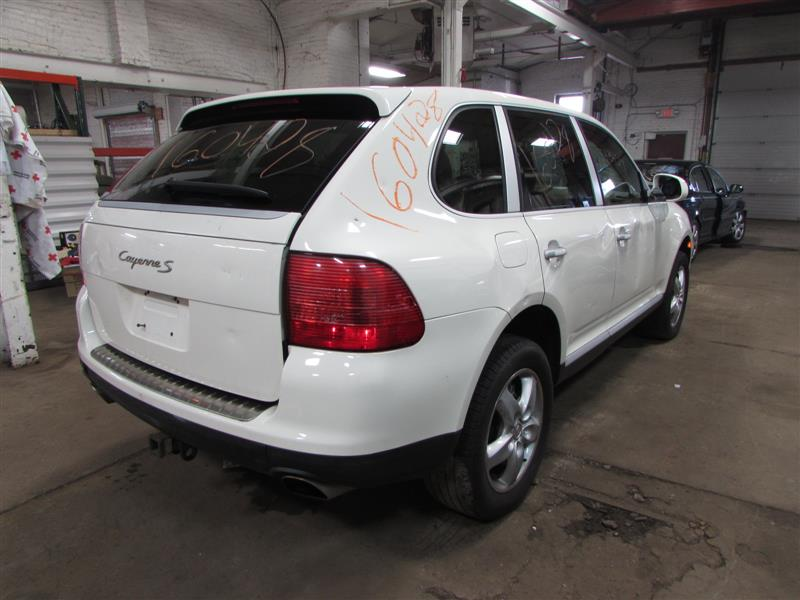 parting out 2005 porsche cayenne stock 160428 tom 39 s foreign auto parts quality used auto. Black Bedroom Furniture Sets. Home Design Ideas