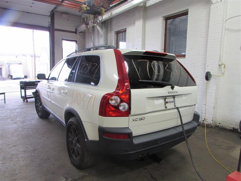 Parting Out 2006 Volvo Xc90 - Stock   170371