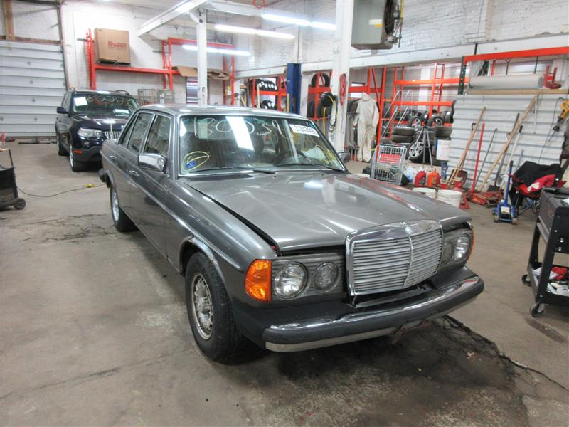 Parting out 1984 mercedes 300d stock 180038 tom 39 s for Mercedes benz 300d parts