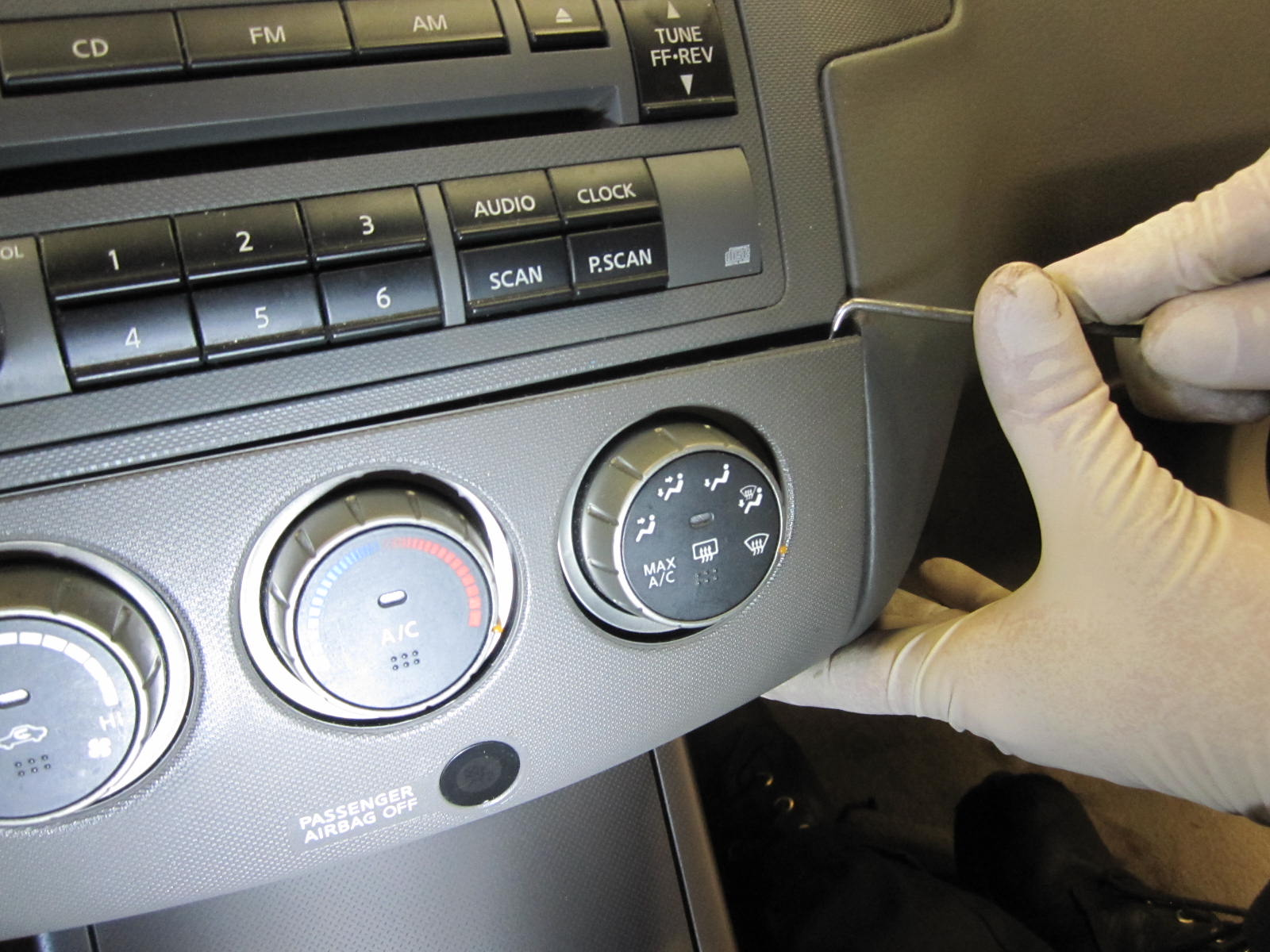 How To: 06 Nissan Altima Temp Control Removal ...