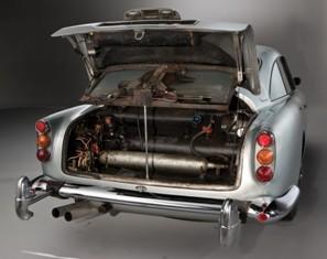 Aston-Martin-DB5-26